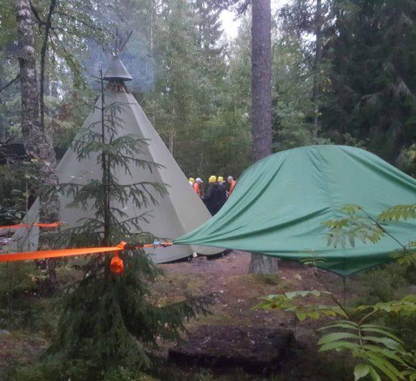 Elämyksen taika järjestää telttailua